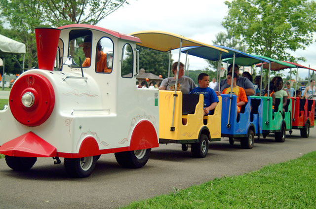 trackless train for rent party train trackless